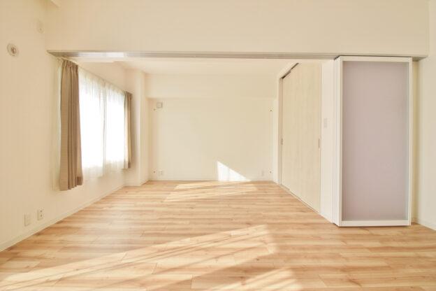 モダンで明るく、暖かく。築34年のマンションをリフォーム。