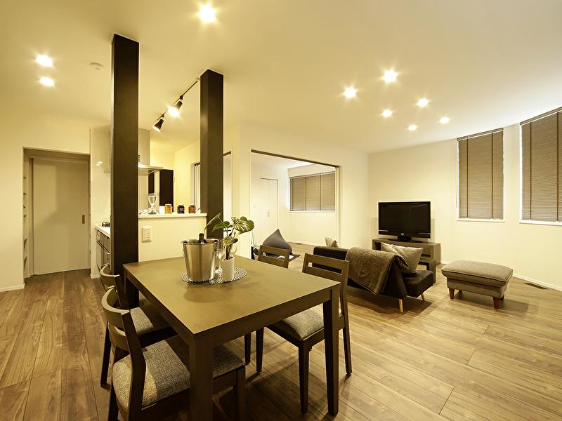 豊栄建設平岡モデルハウスのリビング